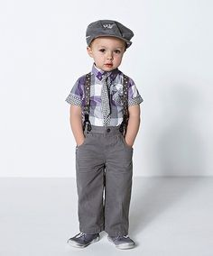 heehee.  Dustin would probably never let me take our son out in public like this.  But would be sooo cute for photos!