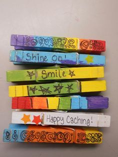Simple signature items - magnet on back and instant fridge clip. Daisy Scouts, Girl Scouts, Cub Scouts, Geocaching Containers, Show Me Pictures, Swag Ideas, Fun Crafts, Camping Crafts, New Hobbies