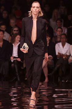 Stella McCartney Spring 2002 Ready-to-Wear Fashion Show - Hannelore Knuts, Stella McCartney