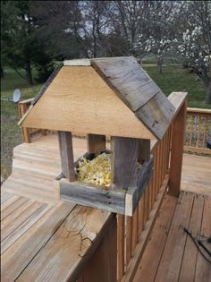 Squirrel Feeder Plans moreover
