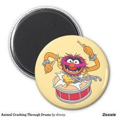 The muppets - Animal que se estrella a través de los tambores imán redondo 5 cm, home decor, decoración. Regalos, Gifts. Producto disponible en tienda Zazzle. Product available in Zazzle store. Link to product: http://www.zazzle.com/animal_que_se_estrella_a_traves_de_los_tambores_iman_redondo_5_cm-147373442128579889?lang=es&design.areas=[round_magnet_225_front]&CMPN=shareicon&social=true&rf=238167879144476949 #imán #magnet