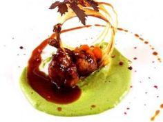Receta | Chupa chups de codorniz con aro de yuka y mostaza de hierbas  http://canalcocina.es/receta/chupa-chups-de-codorniz-con-aro-de-yuka-y-mostaza-de-hierbas canalcocina.es