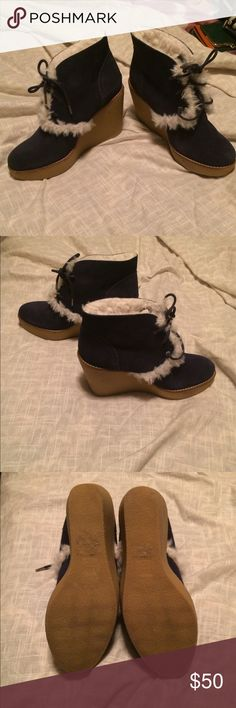 Gap wedge winter boots 8 Size 8. Like new. Warm and comfy! Navy blue with white warm fluff! Perfect for the upcoming season! GAP Shoes Winter & Rain Boots