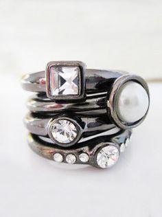 Black Crystal Pearl Ring
