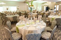 Pretty pale green highlights for a spring wedding at Hazeltine.