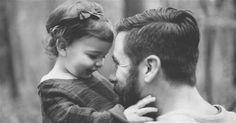 από τον Χόρχε Μπουκάι  Πριν πεθάνω, κόρη μου, θα' θελα να' μαι σίγουρος ότι σου έμαθα: Να χαίρεσαι τον έρωτα Να έχεις εμπιστοσύνη στις δυνάμεις σου Να αντιμετωπίζεις τους φόβους σου Να ενθουσιάζεσαι με τη ζωή Να ζητάς βοήθεια όταν τη χρειάζεσαι Να επιτρέπεις να σε παρηγορούν ότ...