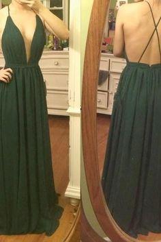 sexy dark green party gown, #promdress, #greenformaldress, #partygowns