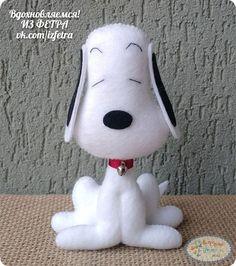 Snoopy Party, Fabric Animals, Felt Animals, Felt Crafts Diy, Fun Crafts, Felt Monster, Sewing Stuffed Animals, Felt Dogs, Felt Patterns