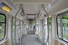 Innenraum eines TW 2500 der Stadtbahn Hannover, am 13.06.2011 in Laatzen.