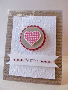 Paper: Kraft, white and Pure Popy Ink: Chocolate Chip, Pure Poppy, fresh snow Accessories: spellbinders nestabilities circle and scalloped circle, Crafts Too embossing folder, MFT Dienamics , kaisercraft bling