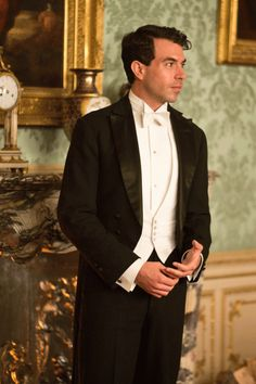 Tom Cullen as Lord Anthony Gillingham, an old family friend of Crawleys who is interested in Lady Mary.