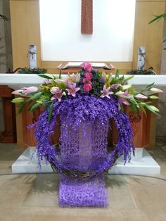 성전꽃꽂이 Altar Flowers, Church Flower Arrangements, Church Flowers, Christmas Arrangements, Funeral Flowers, Diy Flowers, Floral Arrangements, Flower Crafts, Christmas Flower Decorations