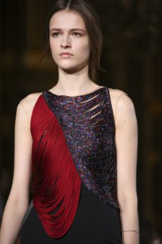 Stella McCartney Fall 2014 RTW - Details - Fashion Week - Runway, Fashion Shows and Collections - Vogue