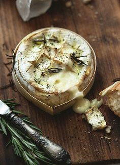 Grilled Camembert! Some A Crusty Baguette Please!