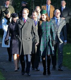 Los Duques de Cambridge disfrutan de su primera Navidad al lado de su heredero, el príncipe George
