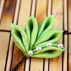 RESERVED - Go Green Vintage Kimono Leaves Bobby pin with Morning Dew / Earth Friendly Theme Ecology Tsumami Kanzashi - Atelier Kanawa