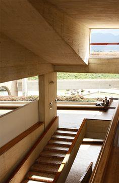 Biblioteca pública Virgilio Barco Architecture Graphics, Interior Architecture, Interior And Exterior, Sweet Home, Stairs, Windows, Space, Building, Amazing