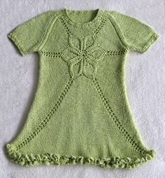 Ravelry: Girl's Flower Dress pattern by Ewelina Murach. 1-8 years