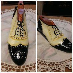 Paper Shoes, Shoe Stretcher, Wooden Shoe, Shoe Last, Junk Art, Fashion Painting, Painted Shoes, Cool Items, Wood Art