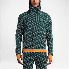 NWT Nike Lab Nikelab Gyakusou Shield Windrunner Jacket 743342-300  350 SZ L 0886616cd2d57