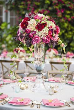Deluxe wedding centerpiece idea; Featured Photographer: Melanie Duerkopp