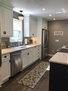 46 Best Farmhouse Kitchen Design And Decorating Ideas for Fun Cooking – Farmhouse Kitchen Kitchen Redo, Home Decor Kitchen, New Kitchen, Kitchen Ideas, Gray Kitchen Walls, Kitchen Colors, Rugs For Kitchen, Country Kitchen, Kitchen With Grey Floor