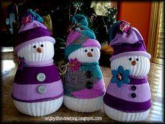 DIY Sock Snowman diy craft crafts diy ideas diy crafts fun crafts kids crafts christmas crafts crafts for kids art crafts Sock Snowman Craft, Sock Crafts, Snowman Crafts, Christmas Projects, Holiday Crafts, Fun Crafts, Crafts For Kids, Snowman Wreath, Christmas Snowman