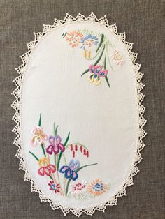 Vintage Embroidered Table Linen, embroidery of irises , crochet lace trim, vintage oval tray mat Geometric Patterns, Vintage Crochet, Crochet Lace, Crochet Edging Patterns, Linens And Lace, Table Linens, Hand Embroidery, Lace Trim, Etsy