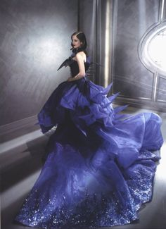 Eva Green Christian Dior Haute Couture in Midnight Poison Commercial directed by Wong Kar-wai. Dior Haute Couture, Couture Mode, Style Couture, Couture Fashion, Eva Green, Jhon Galliano, Christian Dior, Isabelle Adjani, Estilo Fashion
