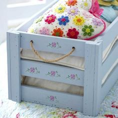 Spruce up a wooden storage box with a touch of stencilling. Find more easy craft ideas over on prima.co.uk