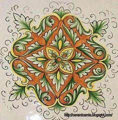 Il decoro per una matonella di ceramica #Italy http://ceramicamia.blogspot.it/2010/02/puoi-centrare-un-cuore-regalando-un.html