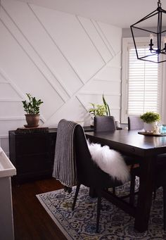 Tackle this modern DIY feature wall with some moulding, a bit of paint and some good old fashioned elbow grease! New Furniture, Furniture Design, Painting Furniture, Feature Wall Design, Wall Molding, Moulding, Textured Walls, Diy Wall, Home Remodeling