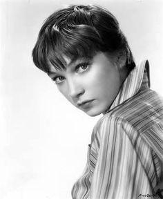 Shirley MacLaine - Shirley MacLaine Photo (32668777) - Fanpop