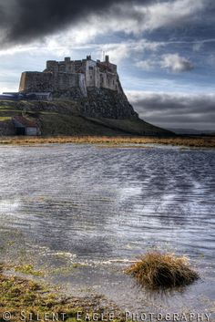 ˚Lindisfarne Castle - Holy Island, England Places In England, English Castles, British Isles, Far Away, Tower Bridge, Great Britain, Regency, Wales, Monument Valley