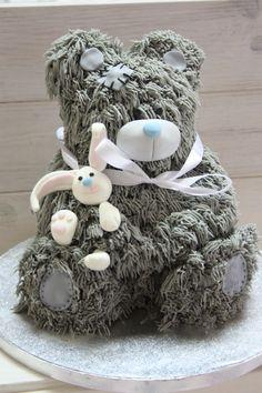 Yessi Bear Cake