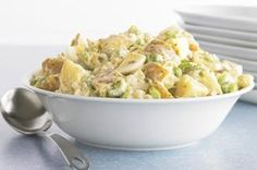 Great American Potato Salad recipe - We the people love this Great American Potato Salad! It's a creamy, crunchy, hearty recipe with mayo, celery and hard-cooked eggs. #potluck