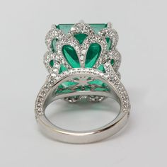 Emerald Rings Emerald and Diamond Ring from Oliver Smith Jeweler. Rate this from 1 to Emerald Rings Jewelry Box, Jewelry Rings, Vintage Jewelry, Jewelry Accessories, Fine Jewelry, Jewelry Design, Unique Jewelry, Emerald Jewelry, Emerald Rings