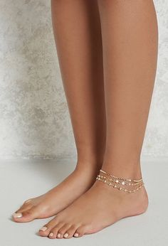 This high-polish anklet trio set features high-shine discs with plated accents, complete with lobster clasp closures. Ankle Jewelry, Ankle Bracelets, Feet Jewelry, Beach Jewelry, Feet Soles, Women's Feet, Beachy Anklets, Sexy Legs And Heels, Sexy Feet