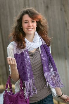 Colorblock Plum Scarf - Nothing says summer like linen and blocks of color. The beauty of this scarf lies in the color and texture of the fiber, so choose your favorite summertime colors and start crocheting. From I Like Crochet's August 2014 issue