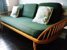 Ercol sofa/Daybed