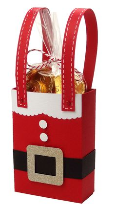 Santa Christmas gift bag by Pazzles Design Team Member Joanna Wright. Perfect for classroom or neighbor treats.