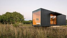 Minimal tiny house for weekends. #architecture #minimal #tiny house