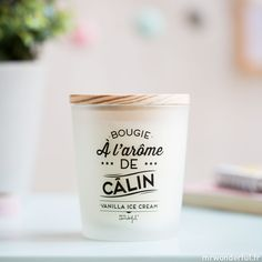 Bougie à l'arôme de câlin - Vanilla Ice Cream (FR)