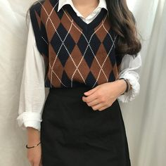 Image about girl in Kstyle by 다른 on We Heart It Adrette Outfits, Korean Outfits, Cute Casual Outfits, Retro Outfits, Fall Outfits, Vintage Outfits, Fashion Outfits, Fashion Pants, Fashion Vintage