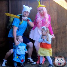 Adventure Time family cosplay ♥ oh my gosh I am dressing up my little girl as Beemo!