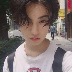 #koreanfashion #haircut #ulzzangboy