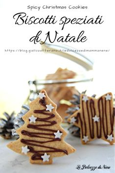 """""""Cherries under the snow"""" in 30 minutes – delicious and crispy biscuits – Recipes Xmas Food, Christmas Sweets, Christmas Gingerbread, Christmas Baking, Gingerbread Cookies, Biscotti Cookies, Cake Cookies, Cheese Cookies, Broken Biscuits"""