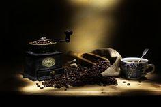 0037-Coffee-grinder-beans-scoop-cup.jpg (800×533)