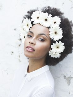 CurlsUnderstood.com: headpiece, flower crown, afro hair, fashion, style, black women, hairstyle, black girl, model