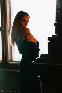 Christine Halwachs Model Photos, Selfie, Model Headshots, Selfies
